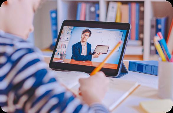 برگزاری کلاسهای آنلاین برای مدارس دبستان