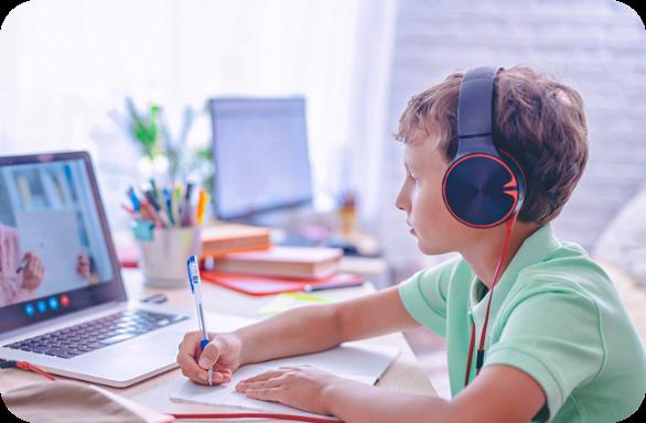 نرمافزار آموزش آنلاین برای مدارس شاهد