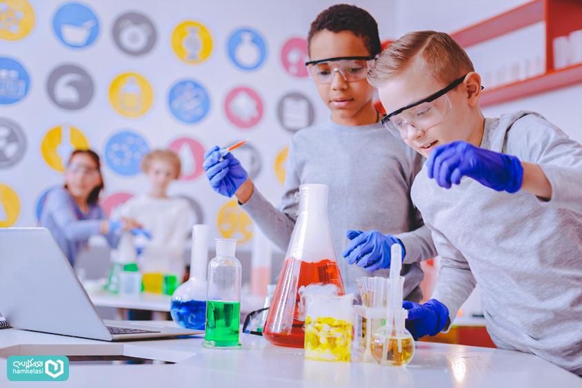 یادگیری تعاملی در مدرسه چیست و چگونه صنعت آموزش را دگرگون میکند؟